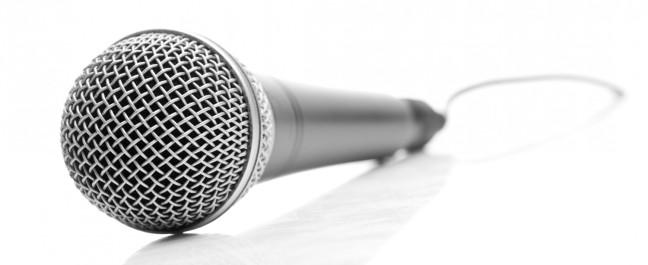 cropped-shutterstock_43041154-microphone.jpg